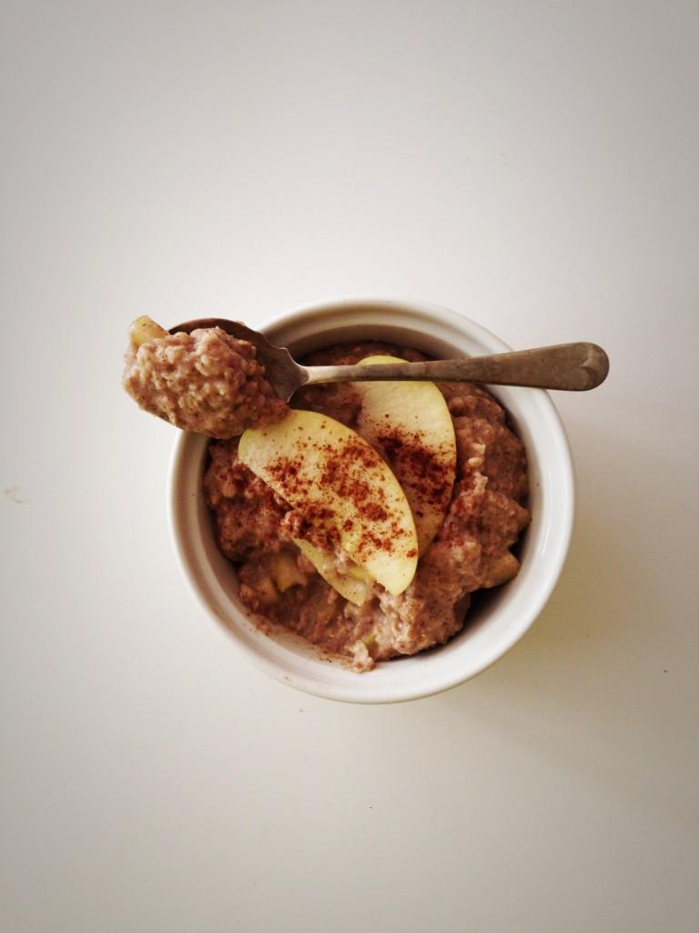 Applie Pie Egg White Oatmeal