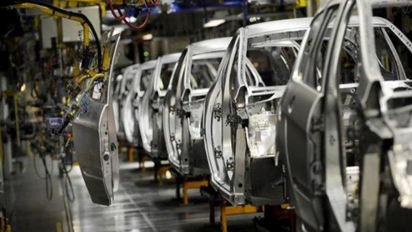 العلمي : المغرب أنتج 602 ألف سيارة خلال 2018