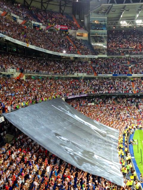 Santiago Bernabéu - Homenaje a Alfredo Di Stéfano - El 9 del Madrid - La saeta rubia - Supercopa de España 2014 - Real Madrid - Atlético de Madrid - el troblogdita