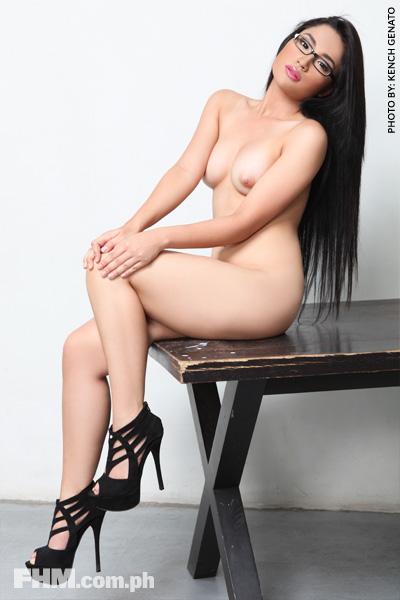 premiere vixen alyzza agustin nude photos 03