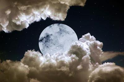 Simpatias na Lua Cheia