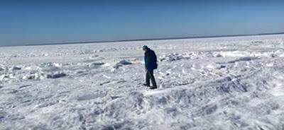 """EE.UU.: El """"ciclón bomba"""" congeló el mar en el estado de Massachusetts"""