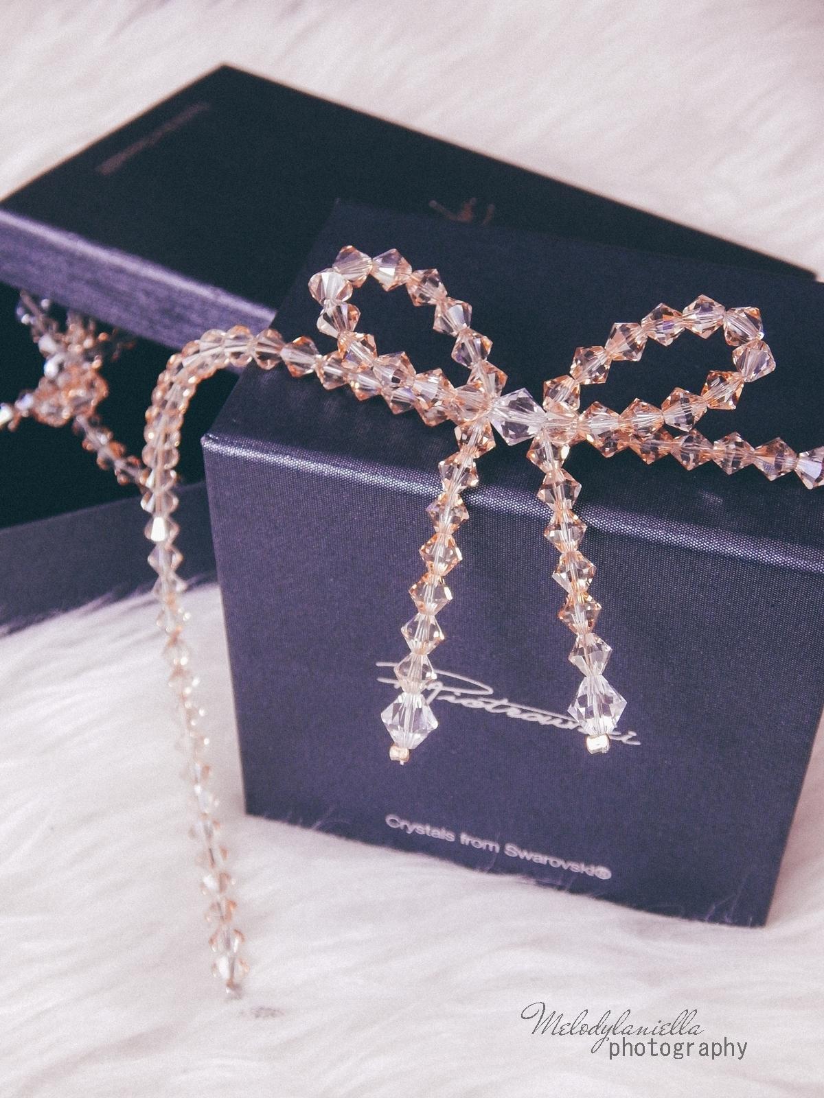 5 biżuteria M piotrowski recenzje kryształy swarovski przegląd opinie recenzje jak dobrać biżuterie modna biżuteria stylowe dodatki kryształy bransoletka z kokardką naszyjnik z kokardą złoto srebro fashion