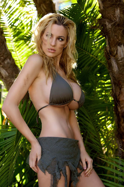 Jordan-Carver-Schungel -hot-sexy-photoshoot-Image-14