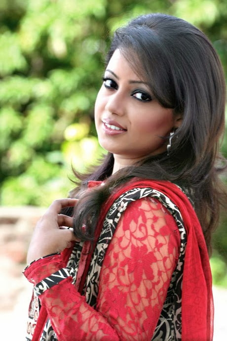 Beautiful Girl Of Bangladesh Dilshad Nahar Kona  Most Beautiful Bangladeshi Female Singer-6300