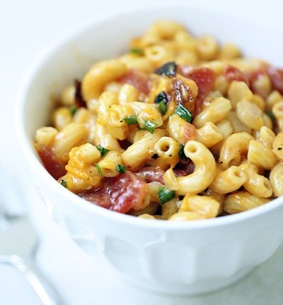 One Pot Bacon And Chive Macaroni And Cheese
