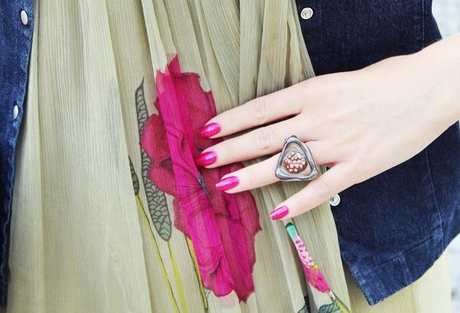 fuchsia pink nails, fuchsia pink nail polish