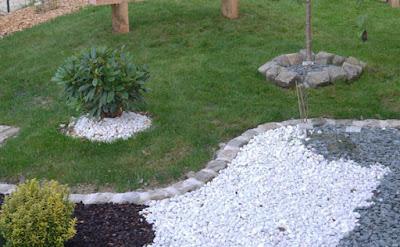 batu taman putih