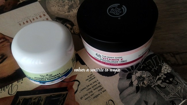 Contorno de ojos de Reviva Lab + crema de vitamina E de The Body Shop