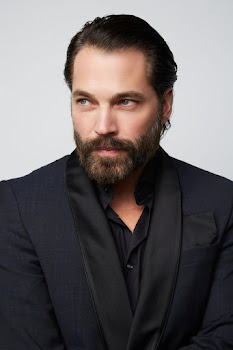 Interview: Actor Tim Rozon of Wynonna Earp, Hallmark, Schitt's Creek & More