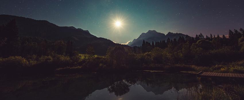 Acoge la Súper Luna de noviembre con este ritual de liberación