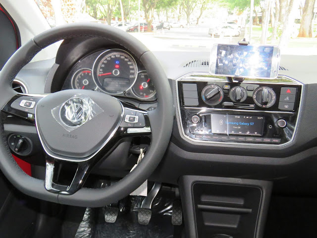 Novo VW Up! 2018 - sistema multimídia