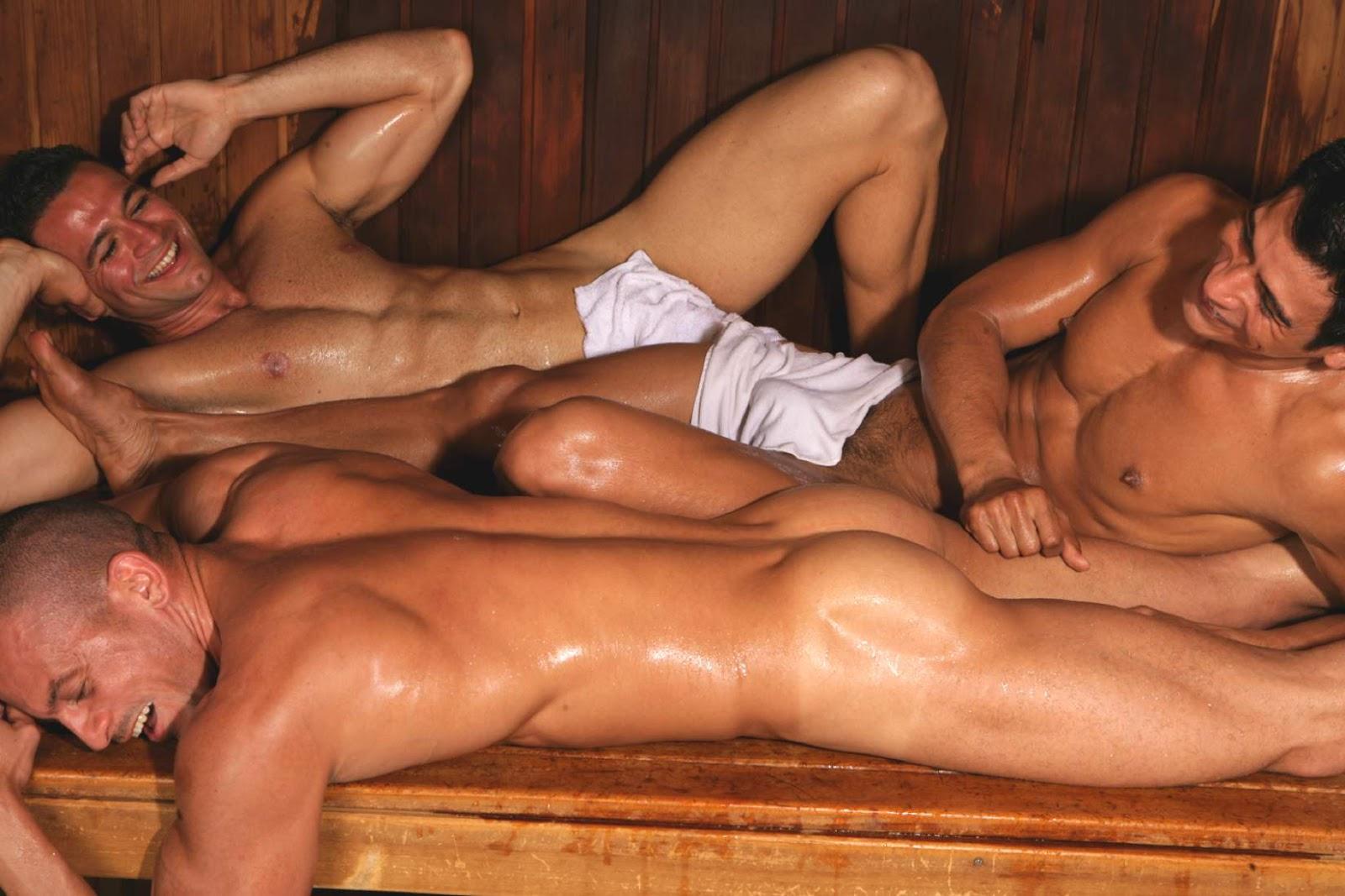 поставил парни голые в бане французской провинции оранж