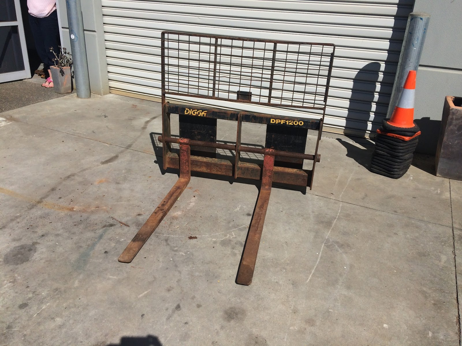 Cyclone Rake For Sale >> CHRISTIE PACIFIC MACHINERY - NEW AND USED: Digga Pallet ...