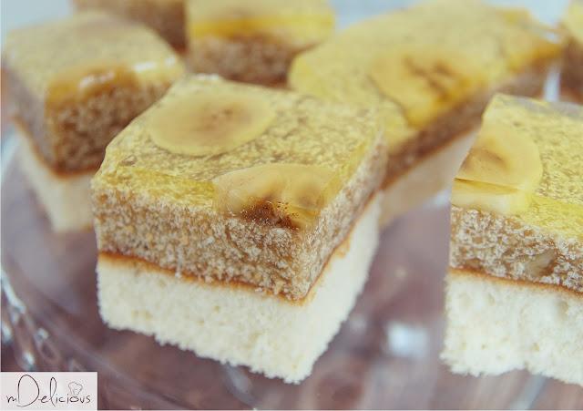 bananowiec, ciasto bananowe, ciasto z bananami, ciasto z dzieciństwa, deser z dzieciństwa, banany, przepis na ciasto z bananami, smaki dziecieństwa