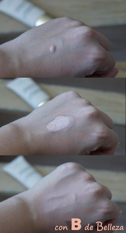 Swatch base de maquillaje mate Collistar