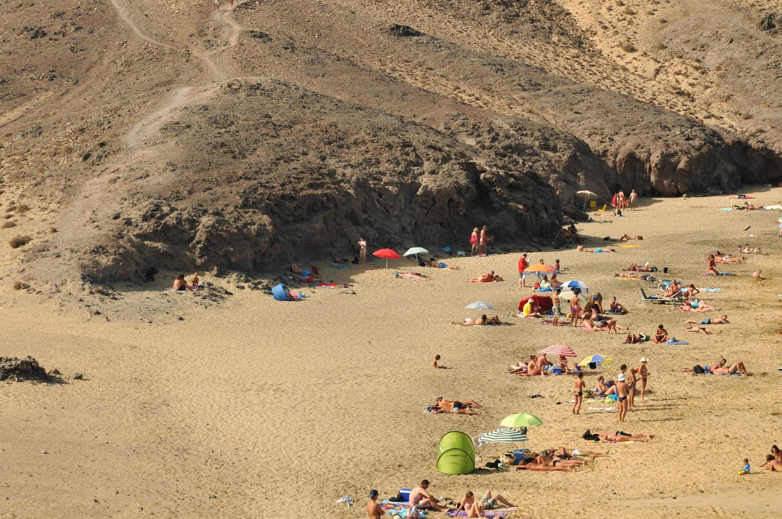 Le più belle spiagge di Lanzarote: quali sono e come raggiungerle