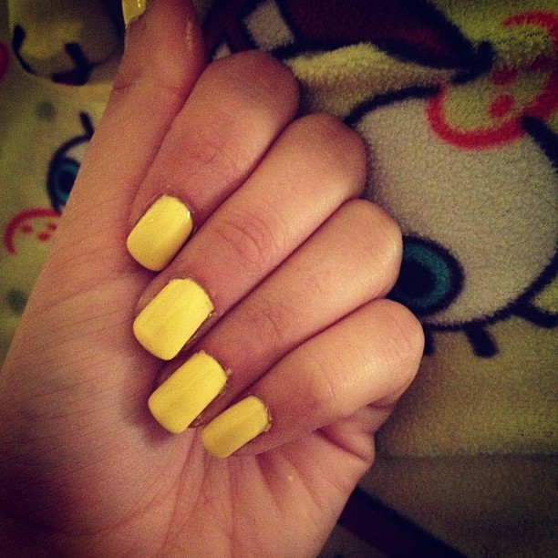 Get Glam Some Recent Nails
