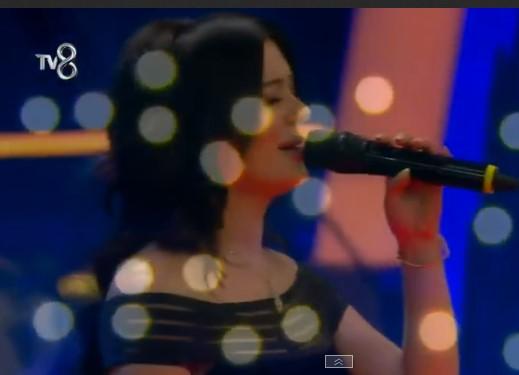 O Ses Türkiye Azerbaycan'lı Mina Kimdir?