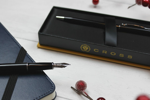 A review of Cross Century II Black Lacquer Fountain Pen
