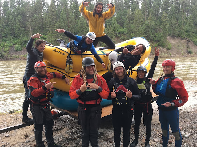 Whitewater Raft Guide Schools