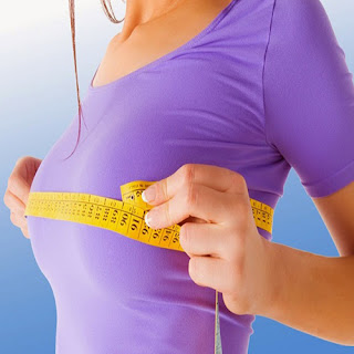 come aumentare il seno naturalmente