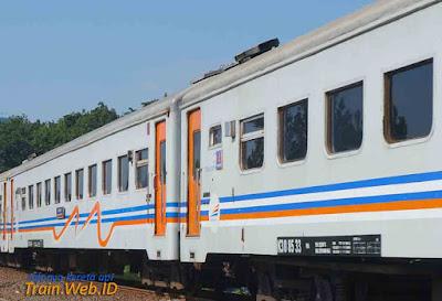 Kereta Api Jakarta Blitar