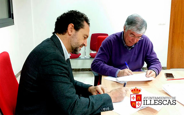 José Manuel Tofiño, y  el director general de Save the Children, Andrés Conde. IMAGEN COMUNICACION ILLESCAS