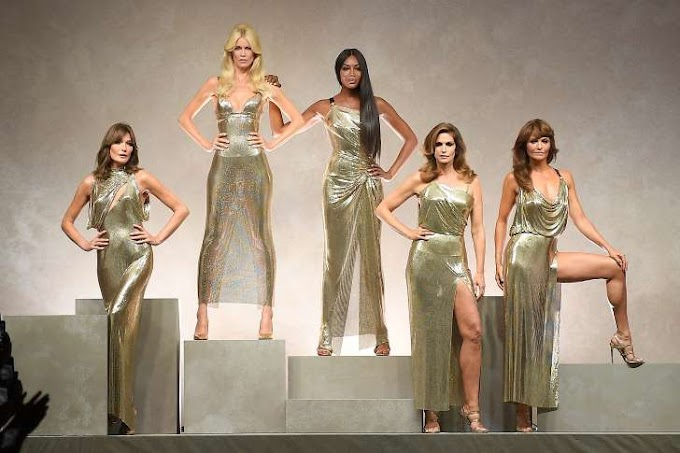 Original Supermodels Reunite for Walk Down Runway 26 Years Later, Look the Same