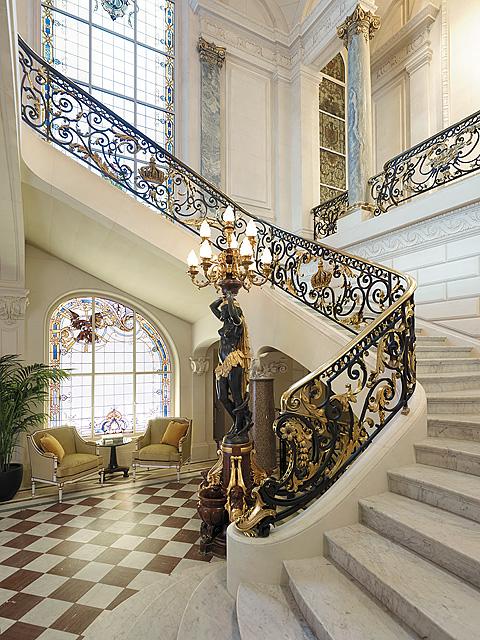 Passion for luxury shangri la hotel paris for Hotel design paris 8