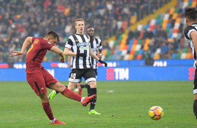 Tendangan Cengiz Under Roma