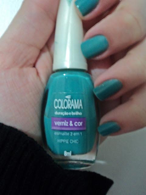 esmalte azul; esmalte da colorama; esmalte hippie chic; swatches nas unhas do hippie chic