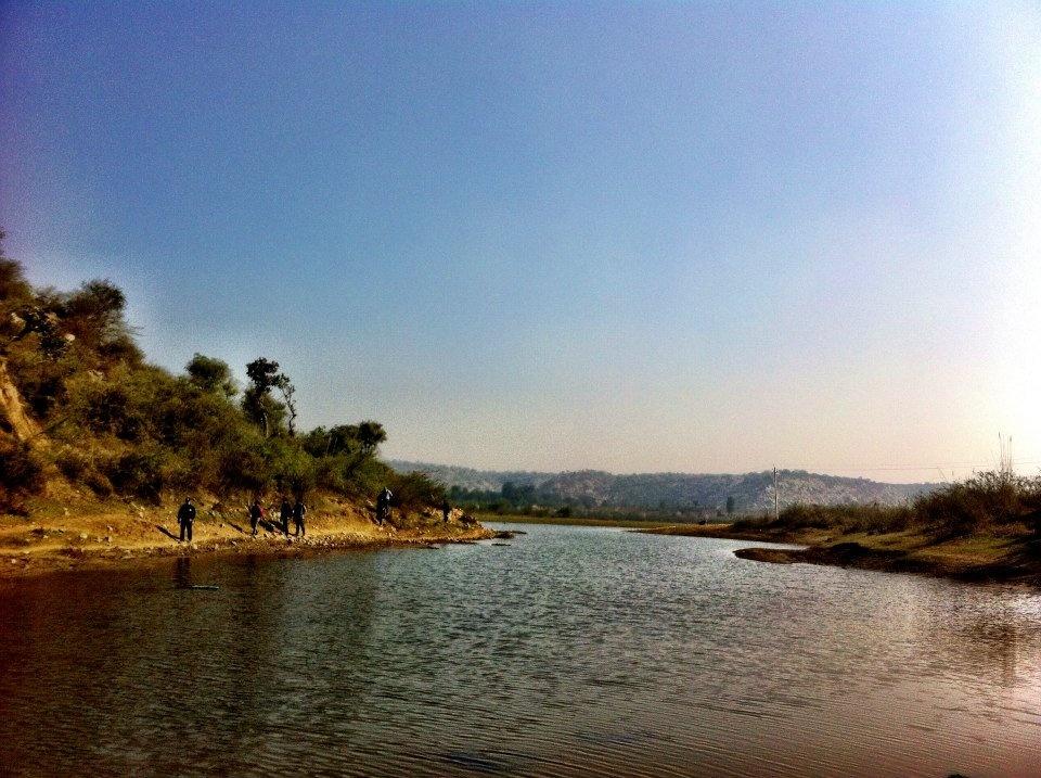 Mangar lake -Cycling Tracks in Delhi NCR