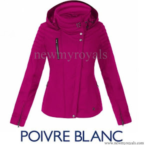 Crown Princess Elisabeth wore POIVRE BLANC ski jacket