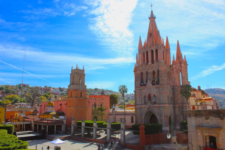 parroquia de san miguel de allende pink church