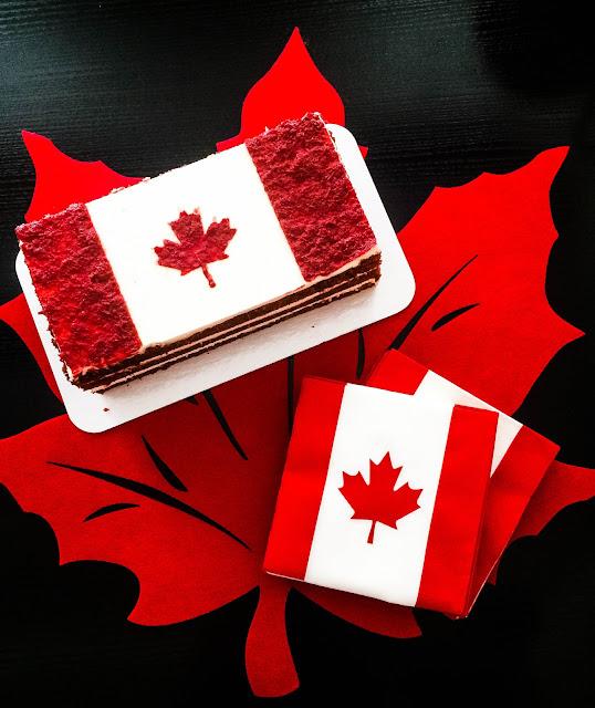 canada day cake pusateris napkins