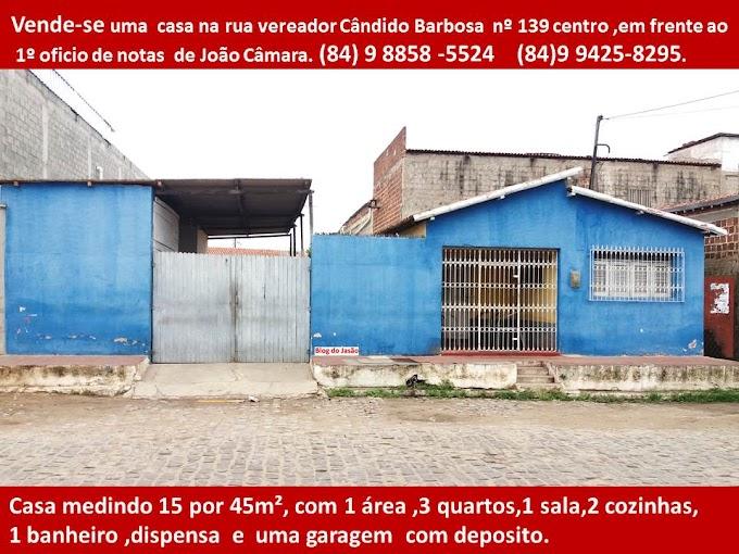 Vende-se 2 casas no centro de João Câmara,contatos:(84)9 8858-5524 / 9425-8295.