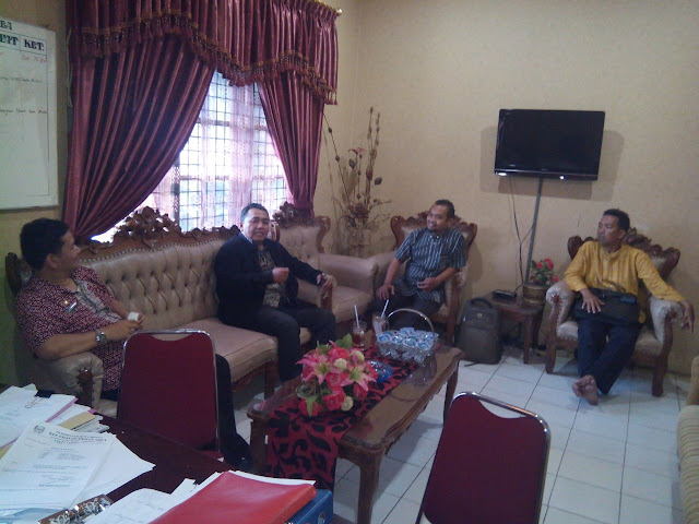 Sambut milad PKS ke 19 tahun, PKS Medan Area silaturrahim ke Camat.