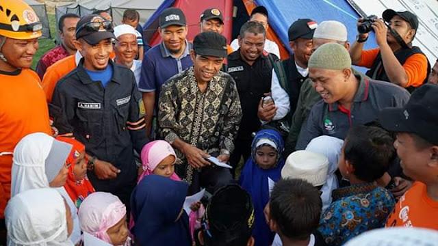 Kucurkan Bantuan, Tulisan Ustadz Abdul Somad Soal Musibah Palu Bikin Nangis