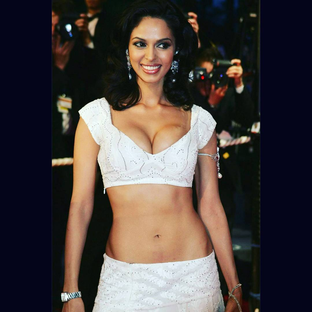 Vidhya balan sexy hot images-7211