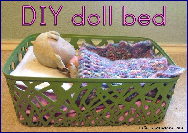 DIY doll bed you can make for your kids ~ Life in Random Bits #diy #toys #crochet