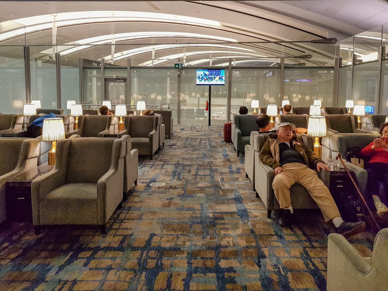 YYZ |多倫多機場 環亞貴賓室 Plaza Premium Lounge