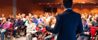 Menjadi-Pembicara-Seminar