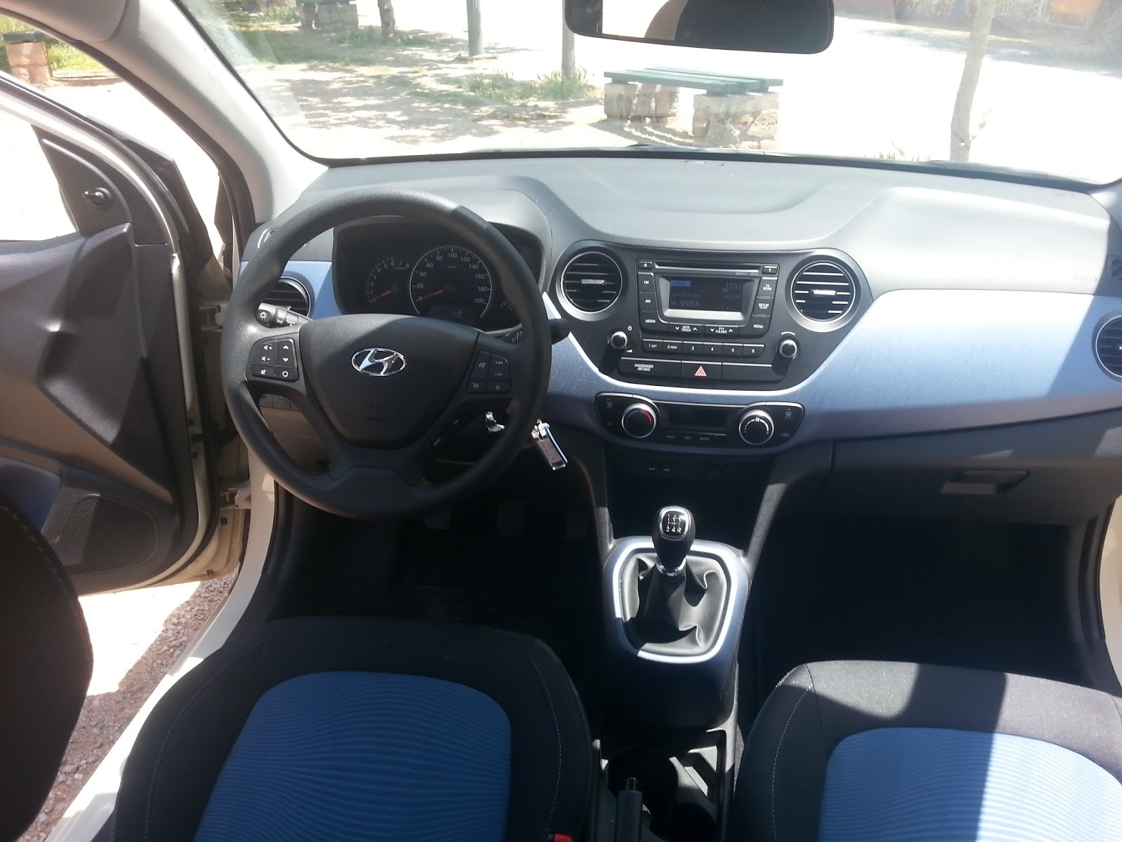 f3 Οδηγούμε το Hyundai i10 Blue Drive 1,0