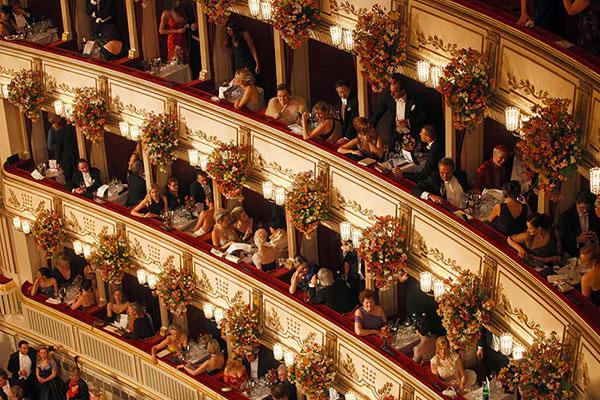 مسرح الاوبرا بفيينا