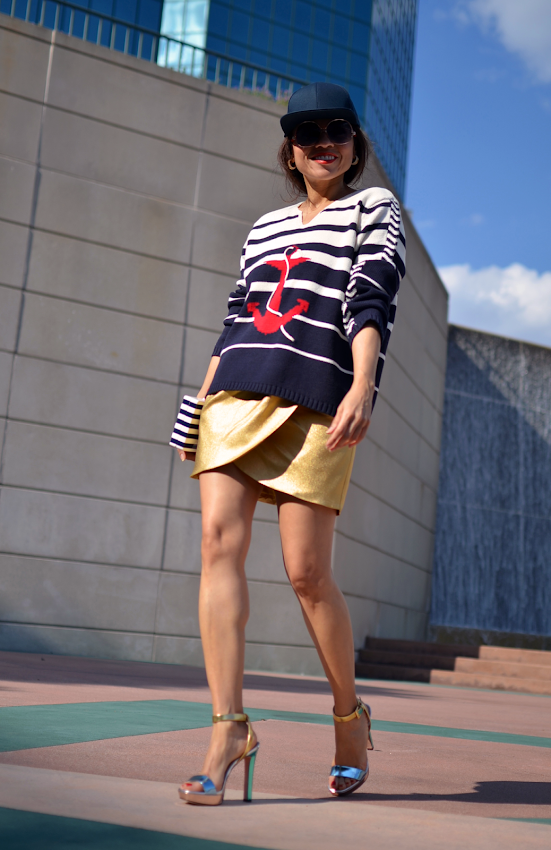How to wear nautical style
