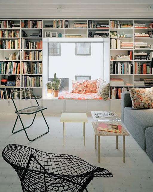 bibliothèque avec bow-window