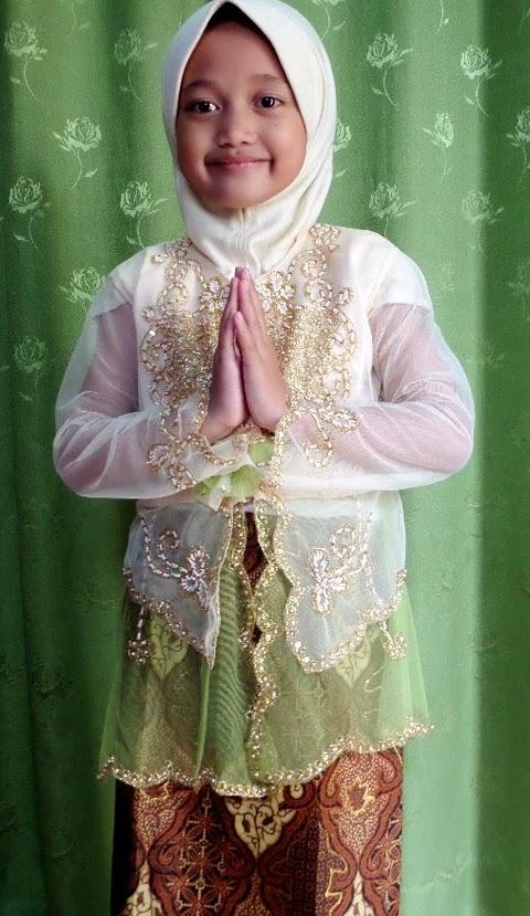 model baju kebaya anak modern