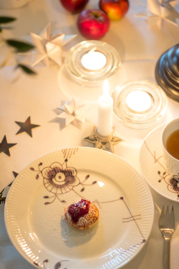 24 dezember frohe weihnachten gl delig jul merry christmas amalie loves denmark. Black Bedroom Furniture Sets. Home Design Ideas