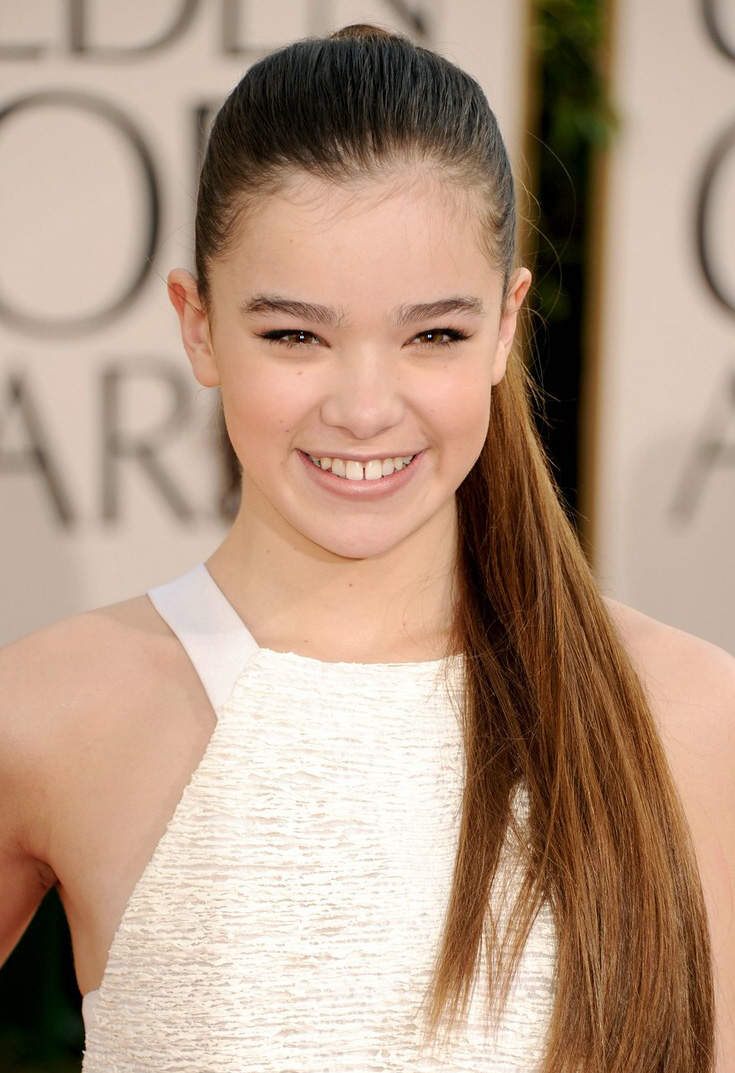 Super Hollywood: Hailee Steinfeld Cute Actress Profile